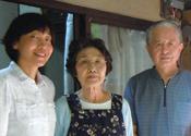 藤田典子さん、娘夫婦の齋藤洋一さん、佳子さんさん