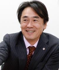 創刊編集長 樫野 孝人